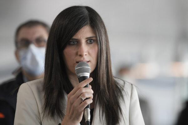 """Chiara Appendino: """"Non mi ricandido ma la maternità non è una malattia grave"""""""