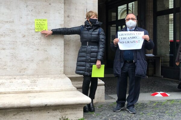 """Ciambriello e Bernardini in protesta al Ministero della Giustizia: """"Leggi sempre più divisive e disuguali"""""""
