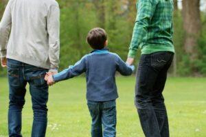 Figli di coppie omosessuali: dalla vita al diritto