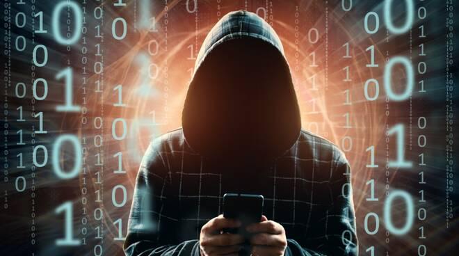 Hacker bucano Ho Mobile, ecco cosa devono fare i 2 milioni di clienti a rischio