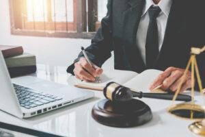 La Procura tende la mano ai penalisti: ecco la guida al processo da remoto