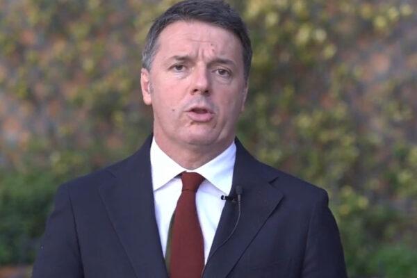 """Renzi e la crisi di governo: """"L'Italia si sta giocando l'osso del collo, che scandalo i gruppi improvvisati"""""""