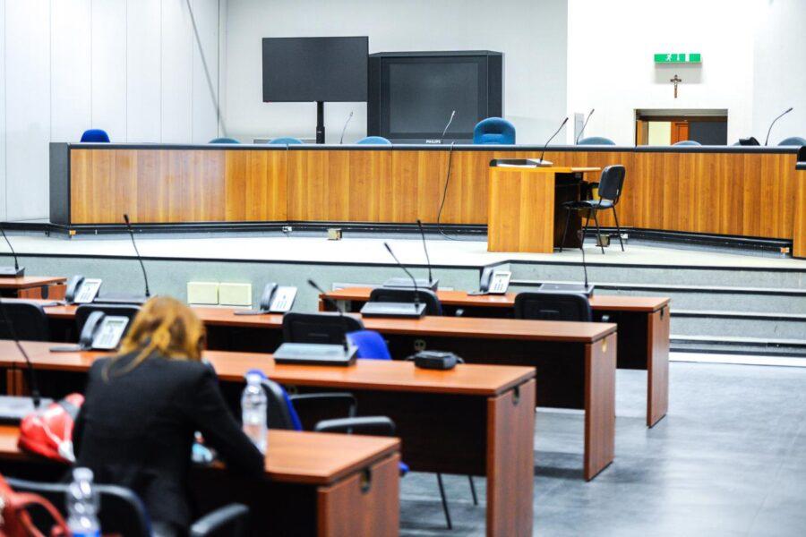 Udienze in fasce orarie, solo un giudice su 5 riesce a evitare il caos in tribunale