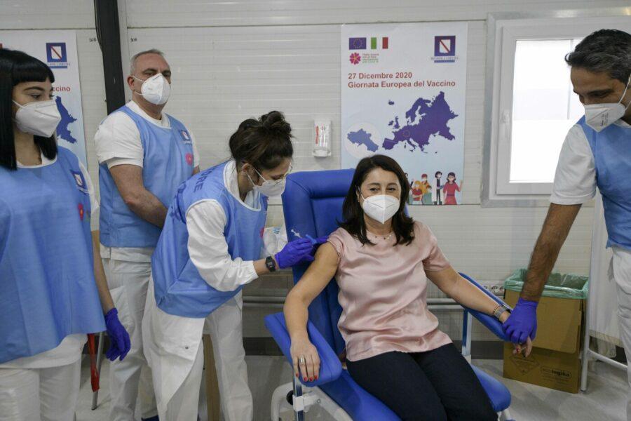 Vaccino, 6 campani su 10 pronti a farselo iniettare