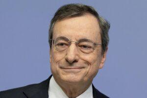Chi è Mario Draghi, l'ex presidente della Bce incaricato da Mattarella per il nuovo governo