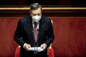 Draghi alla fiducia in Senato, il discorso: priorità alla lotta alla pandemia, scuola, ambiente, tasse