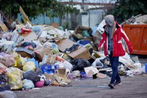 Quali sono i problemi di Napoli: rifiuti, debito, digitalizzazione e Bagnoli