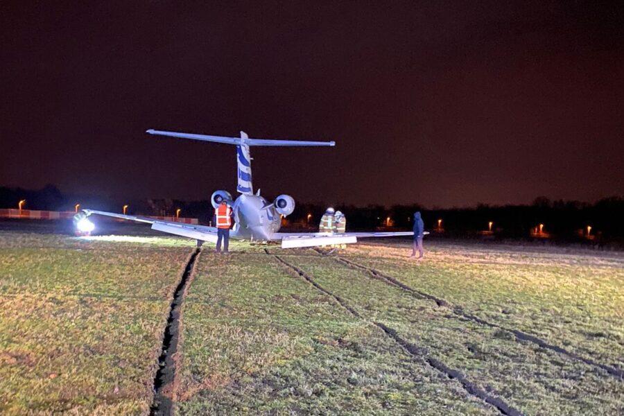 L'aereo privato di Mertens finisce fuori pista, paura per l'attaccante del Napoli