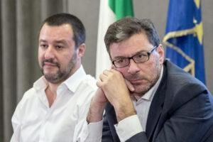 Al via il governo Draghi: Pd appiattito, nella Lega duello Salvini-Giorgetti