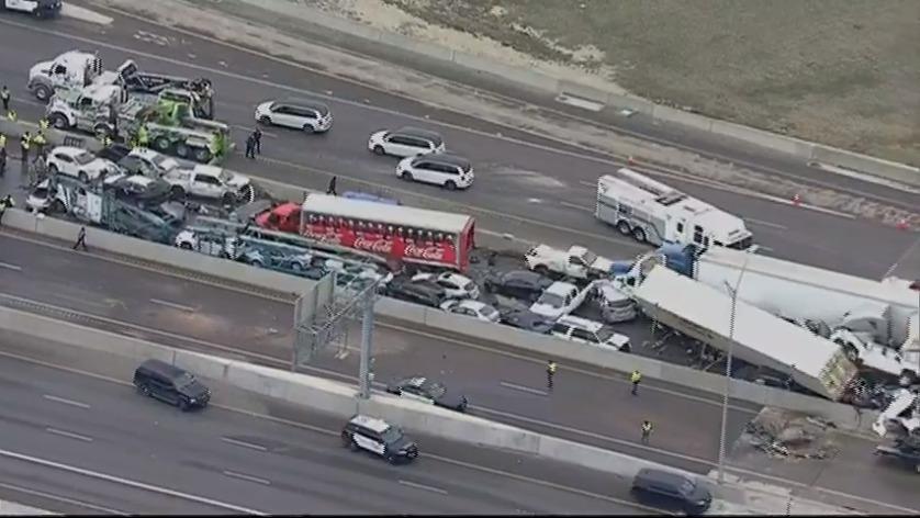 """Maxi tamponamento in Texas, coinvolti 130 veicoli tra auto e camion: """"Almeno 9 morti"""""""
