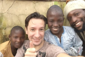 Perché è stato ucciso l'ambasciatore italiano Luca Attanasio, il movente dietro l'attentato di Kinshasa