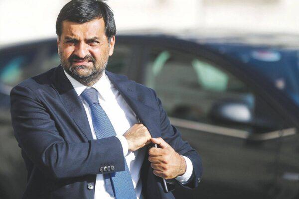 Doppio 'colpo' per Palamara, Perugia e Firenze dispongono nuovi accertamenti sui server Rcs per il 'caso Trojan'