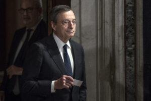 """È l'ora di Draghi, Super Mario sulla stampa estera: """"Salverà l'Italia"""""""