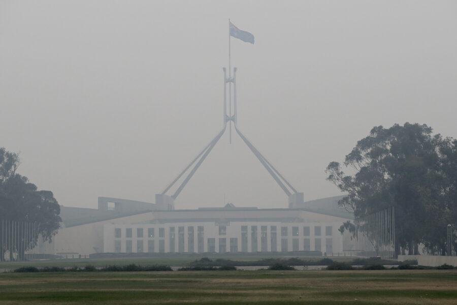 """Australia, stuprata in parlamento ex dipendente del governo: """"Avviene di continuo"""""""