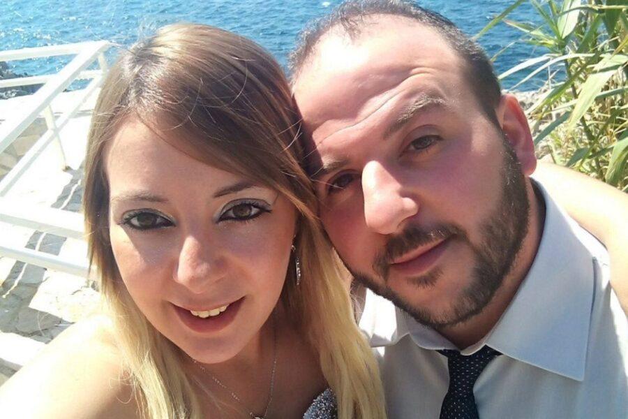 """Piera uccisa con 10 coltellate mentre era in bagno, il marito-macellaio: """"Aveva un amante e non mi voleva"""""""