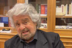 """Grillo chiede il rinvio del voto su Rousseau: """"Draghi è un grillino, aspettiamo"""""""