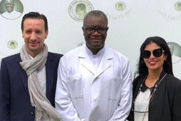 Luca Attanasio e Zadia Seddiki in foto con il premio Nobel alla Pace Denis Mukwege