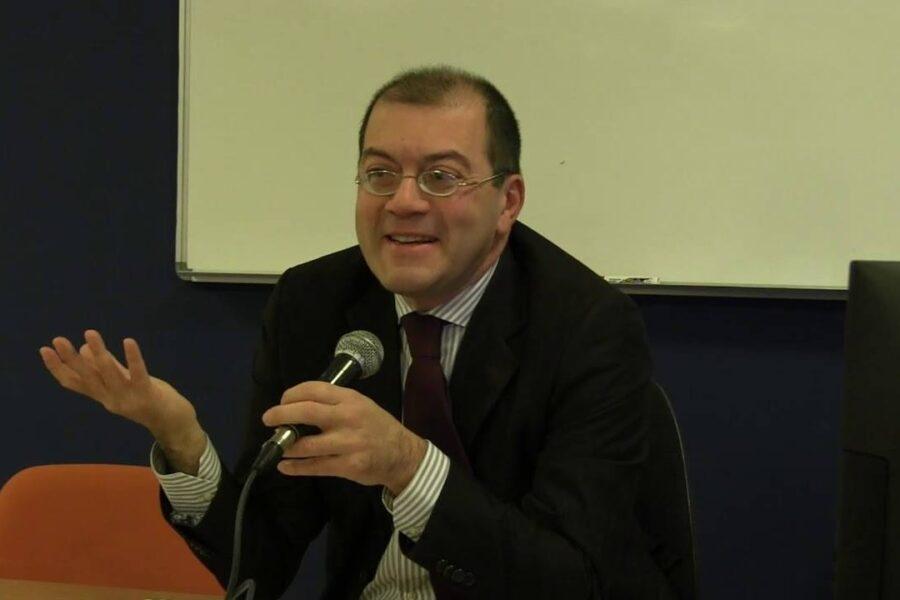 """""""Napoli sta cambiando volto, partiti puntino su competenze"""", parla il filosofo Massimo Adinolfi"""