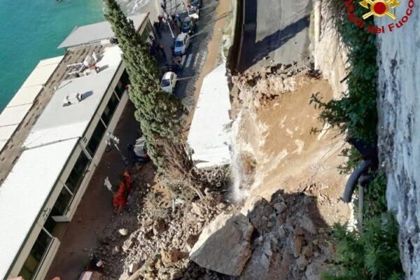 Disastro di Amalfi, segno che la Campania cade a pezzi: sbrigatevi col Recovery!