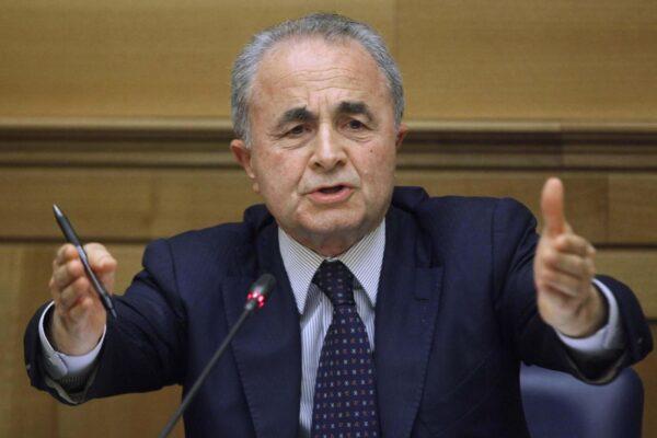 """""""Il Partito Democratico sta sbagliando tutto"""", l'accusa del fondatore Arturo Parisi"""