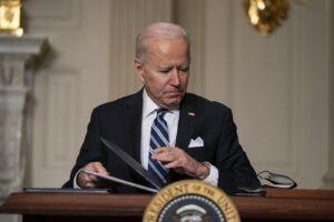 La sfida green di Biden, più eolico e meno trivelle