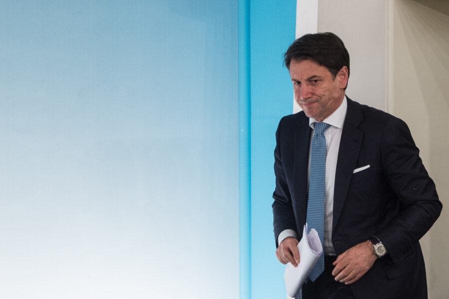 L'ossessione di Giuseppe Conte per i servizi segreti: tutte le ombre sull'ex premier