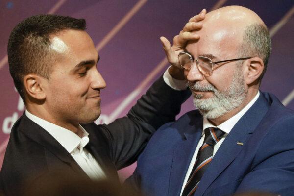 Addio al capo politico, sì al direttorio a cinque per il M5S: via libera da Rousseau