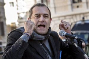 """De Magistris in Calabria con la scorta del Comune: 300 euro spesi per """"partorire"""" la candidatura a governatore"""