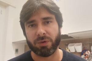 """Alessandro Di Battista lascia il Movimento 5 Stelle: """"Non si può governare con questi partiti"""""""