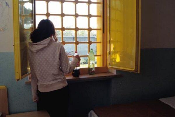 """Isabella muore in carcere a 37 anni: """"Chi soffre disturbi mentali non può essere detenuto"""""""