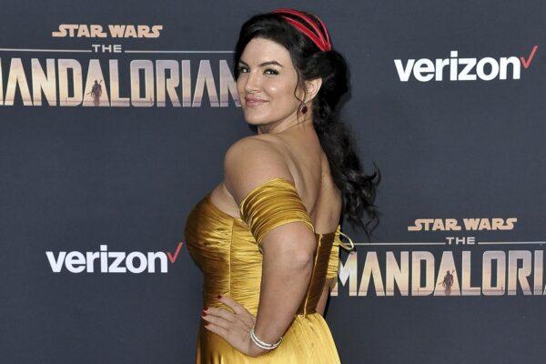 """Chi è Gina Carano, attrice licenziata da """"The Mandalorian"""" per i post su ebrei e brogli elettorali"""