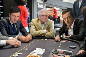 Draghi è il migliore, ma sul governo pesano gli azzardi di Renzi e Mattarella