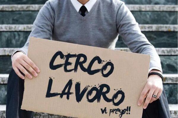 Cresce il numero di giovani che non lavorano e non studiano a Napoli