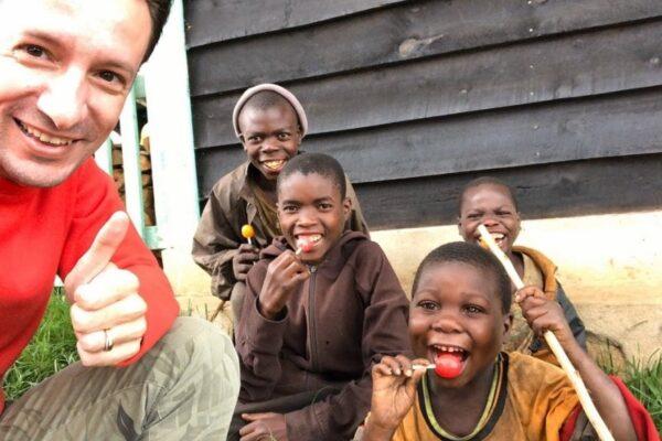 Chi era Luca Attanasio, l'ambasciatore italiano ucciso nella Rd del Congo
