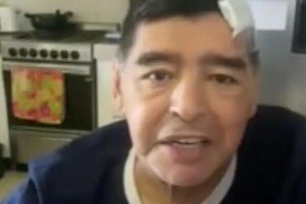 """Maradona, l'ultimo video prima della morte: """"Sono ammaccato, ma tutto bene"""""""