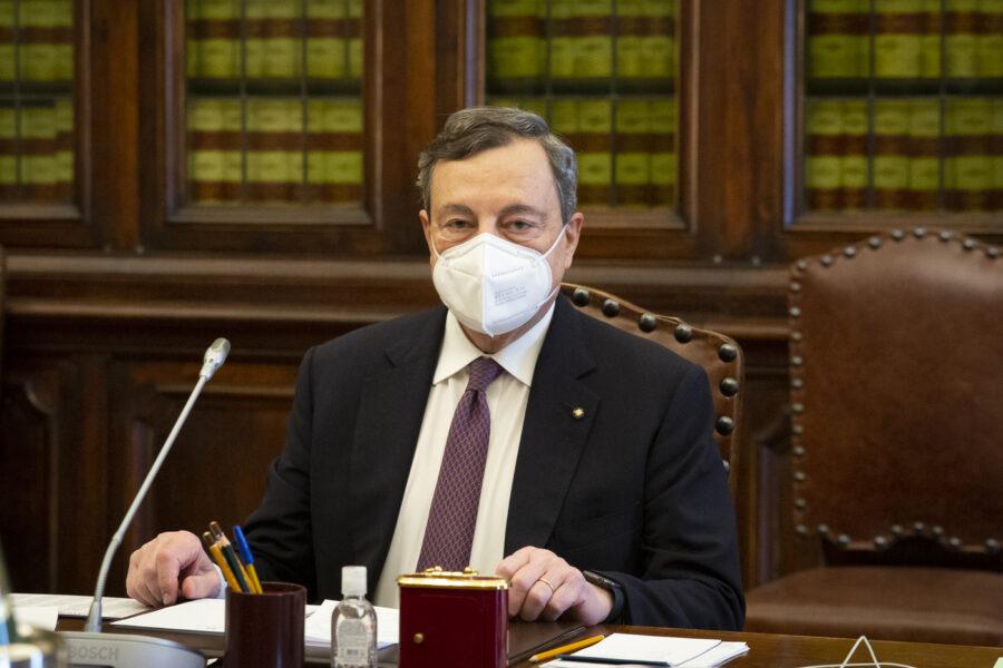 Governo Draghi verso una maggioranza bulgara, resta fuori solo la Meloni