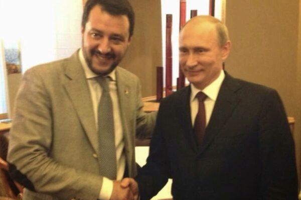 """Salvini chiede di """"guardare alla democrazia e all'Occidente"""", ma dimentica i rapporti con Putin e Orbán"""
