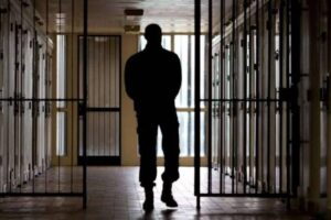 """Torture in carcere a San Gimignano, condannati 10 agenti: """"Salvini chieda scusa alle vittime"""""""