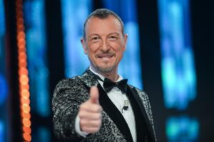 Sanremo 2021, tutti gli ospiti e le conduttrici sul palco del Festival