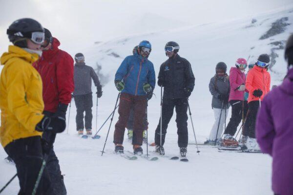 STRANDA, Norway  20160128.Crown Prince Haakon (in blue) is skiing on Strandafjellet (Stranda mountain).Foto: Cornelius Poppe / NTB scanpix LaPresse Only italyPrincipe Haakon di Norvegia sugli sci a Strandafjellet