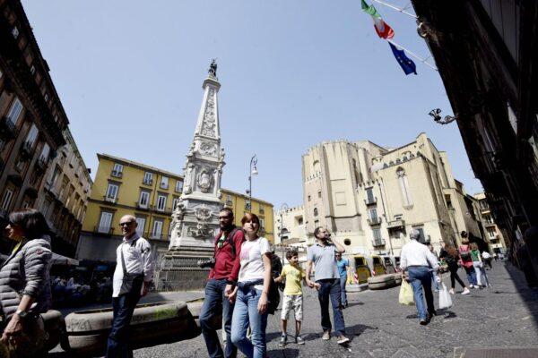 """""""Facciamo rinascere il turismo a Napoli: serve più decoro ed un assessore"""", le proposte di Antonio Izzo (Federalberghi)"""