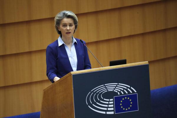 L'Ue loda l'Italia, prima in Europa per vaccinazioni completate