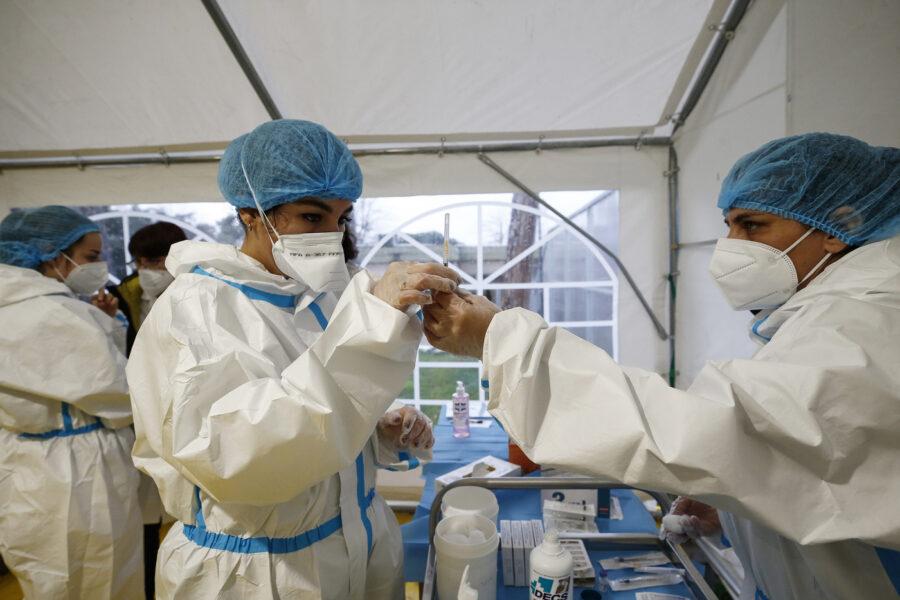 Coronavirus, crescono ancora i casi (13.762): 347 morti e aumentano i ricoveri in terapia intensiva