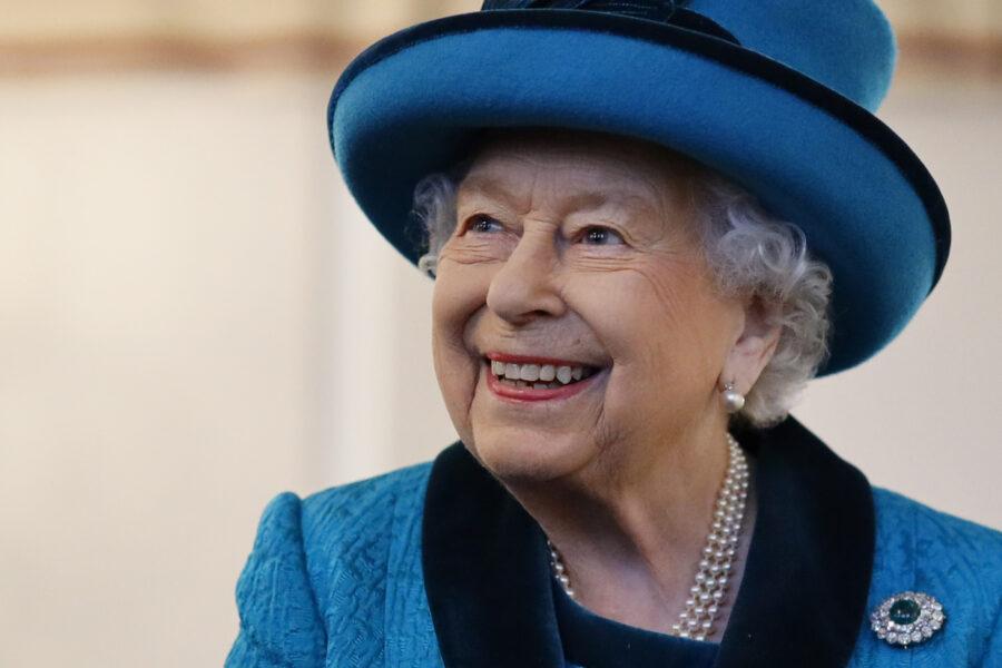 Trovato ordigno sospetto nella residenza della regina Elisabetta: arrestato un uomo