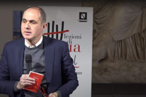 """""""Maresca è segno della crisi della destra, Clemente non è pronta. A Napoli servirebbe il primo Bassolino"""", intervista al prof Gennaro Carillo"""