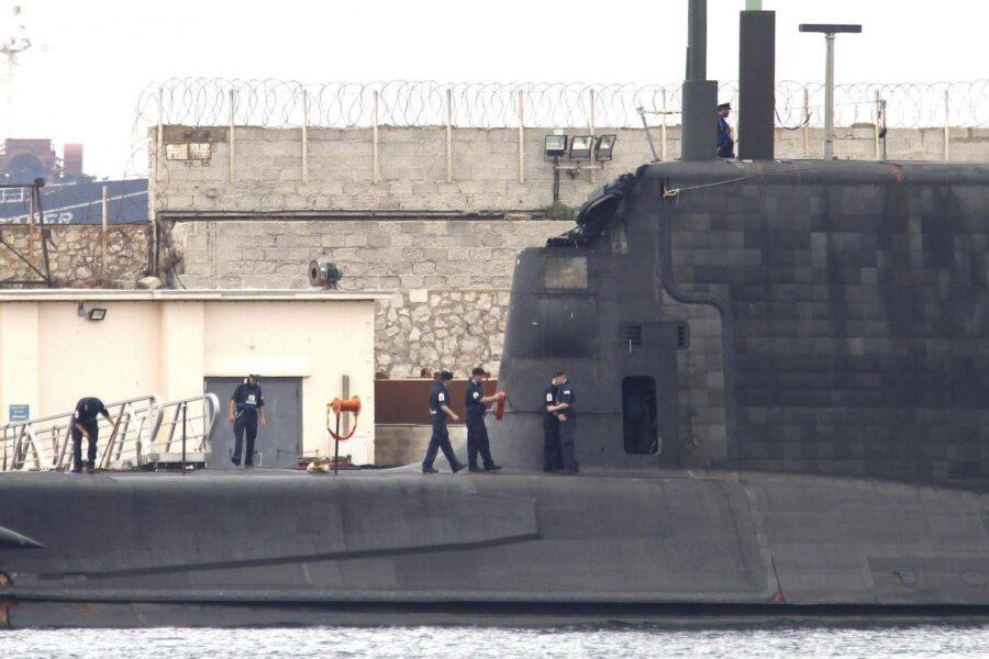 Londra rafforza l'arsenale nucleare. Perché mai?