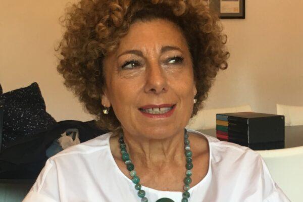 Angela Tecce è la nuova presidente della fondazione Donnaregina