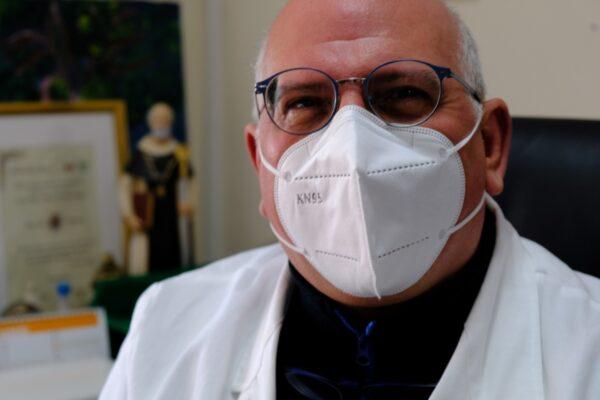 """Ascierto presenta il vaccino italiano Takis Rottapharm: """"Efficace contro le varianti, un'altra arma contro il Covid"""""""