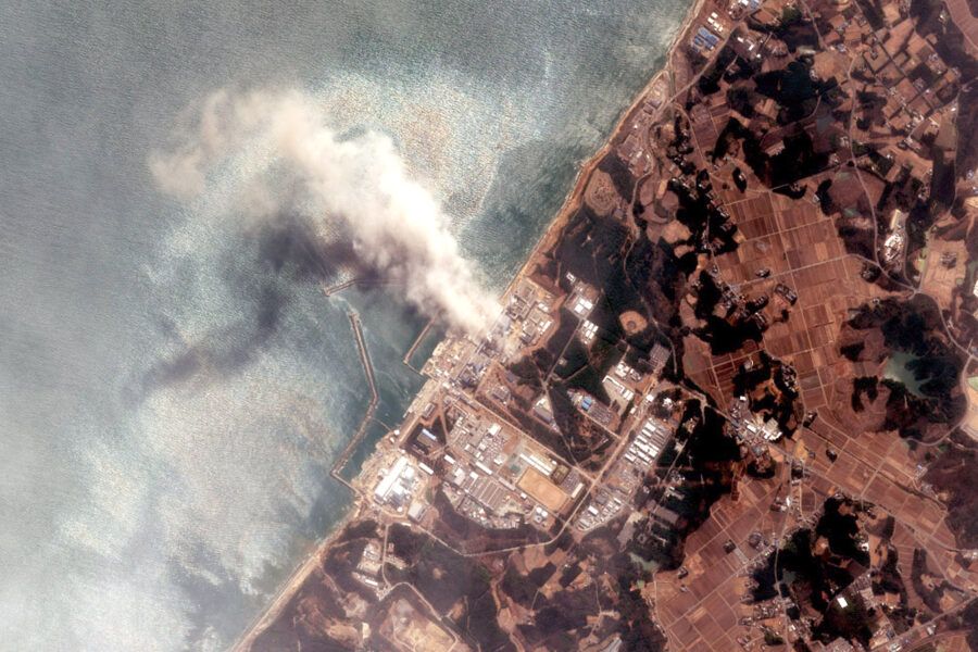 Fukushima, in mare l'acqua contaminata: Tokyo dà il via libera tra le polemiche