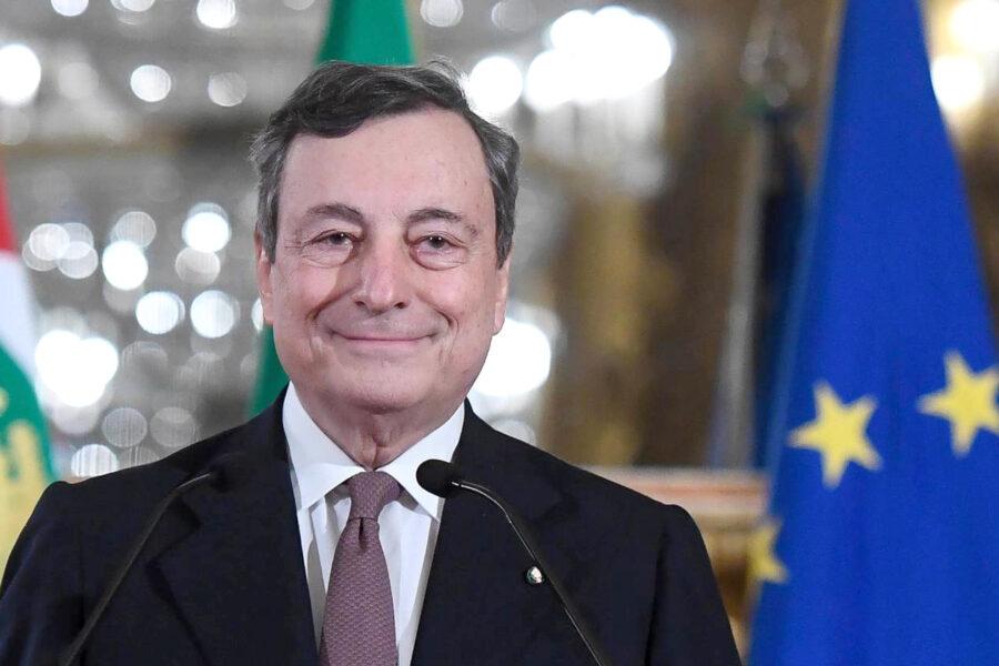 Draghi annuncia svolta sui vaccini, in arrivo in Ue 50 milioni di dosi del Johnson&Johnson